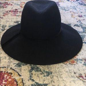 Navy felt hat
